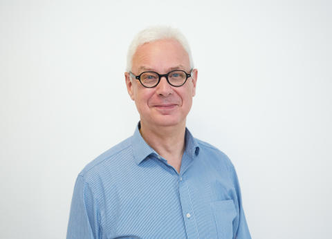 Dr. Michael Neuber