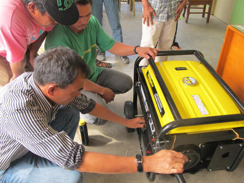 Save the Children gives generator, water pumps to flood-affected villages in Pampanga