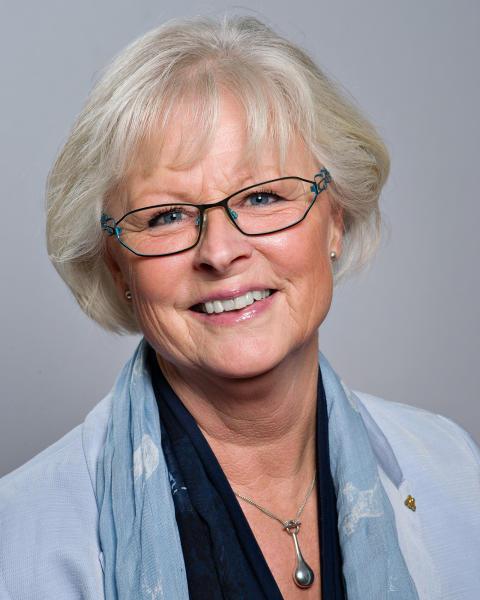 Astrid Brissman (M)