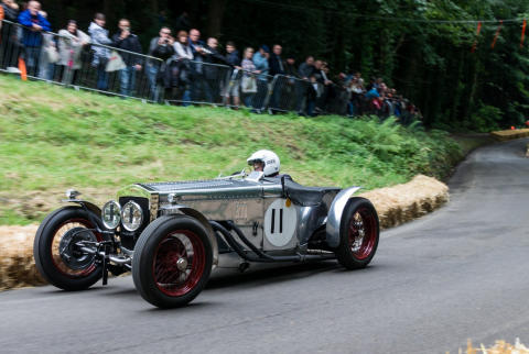 Vintage motor racing event gears up for a historic success