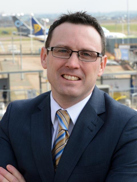 BBC Correspondent Neil Bradford joins London Luton Airport