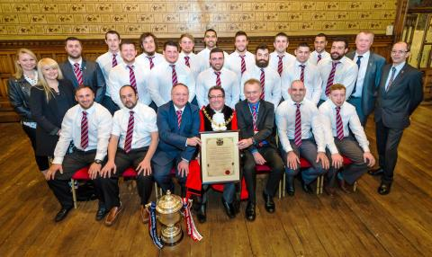 Rochdale Hornets receive Freedom of the Borough