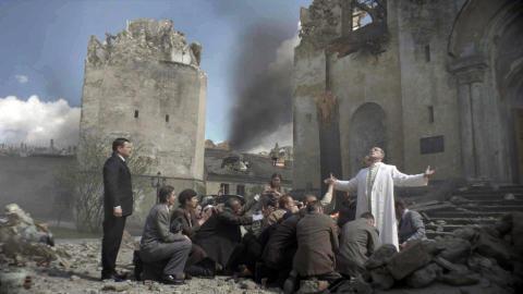 Paven vs Hitler
