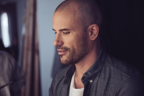 """""""Jag kan inte glömma"""" - Turnéaktuella Martin Stenmarck släpper ny singel"""