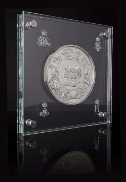 Waterloo-medaljen klar med norsk hjelp - 200 år på overtid