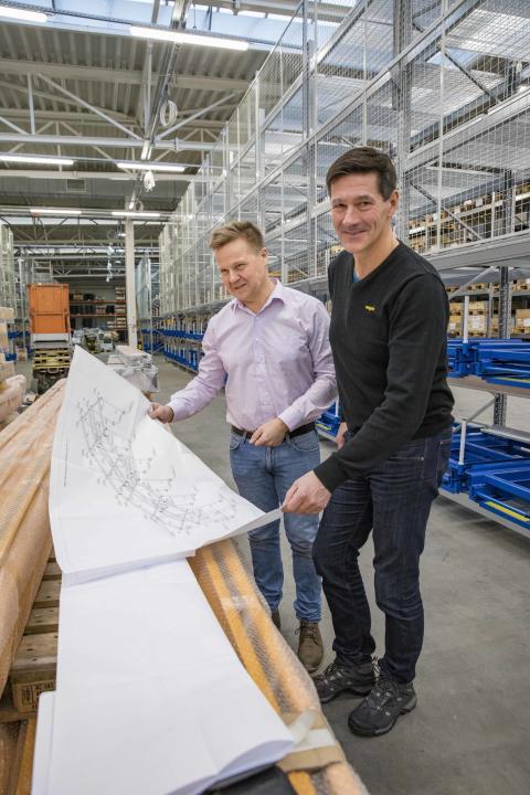 Fv: Dan Ekholm, Production Manager, engcon, Stig Engström, founder and owner, engcon