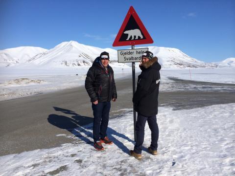 Bruk Hue på Svalbard