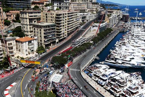 Första racet i år för Pirellis supermjuka P Zero