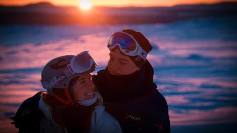Åtta tips för en bra skidsemester i Lofsdalen - när ressällskapets kunskaper i skidåkningens konst är på olika nivåer
