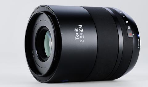 Nytt makro-objektiv, i Touit-serien, från Zeiss