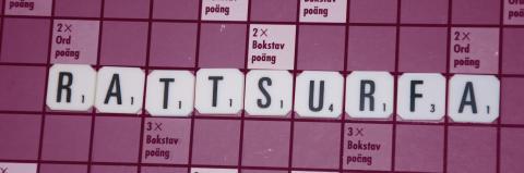 Rattsurfa - vi gillar att ordet finns, men inte att man gör det!