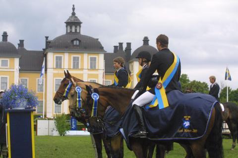 Spännande Nationaldagstävlingar på Strömsholm