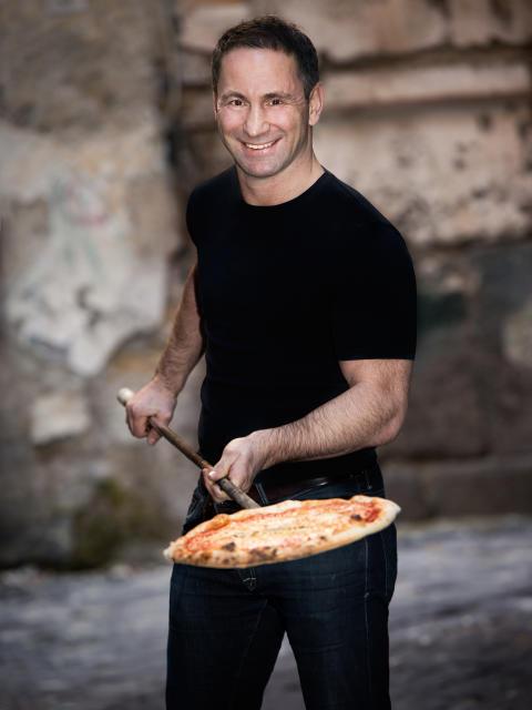 """Nu öppnar restaurangen """"Pane Fresco"""" på Åhléns City – med genuin italiensk matkonst skapad av Paolo Roberto"""