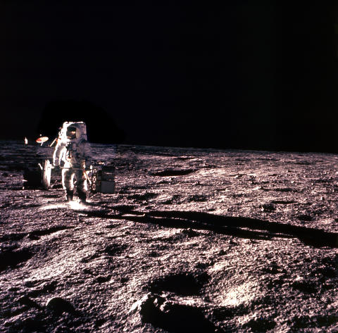 HISTORY_MOON LANDINGS LOST TAPES