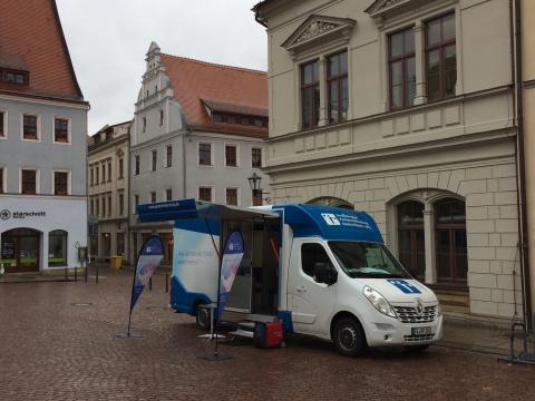 Beratungsmobil der Unabhängigen Patientenberatung kommt am 11. Mai nach Pirna.