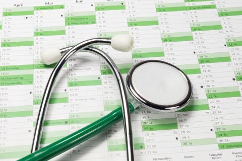 Herausforderung Arztsuche: Wie Sie den Richtigen finden – und drankommen