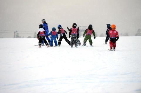 Fina förhållanden i svenska skidbackar inför sportlovet