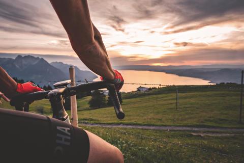 Radrennen oder Genussradeln: Schicken Sie diese Bloggerinnen in die ... Schweiz