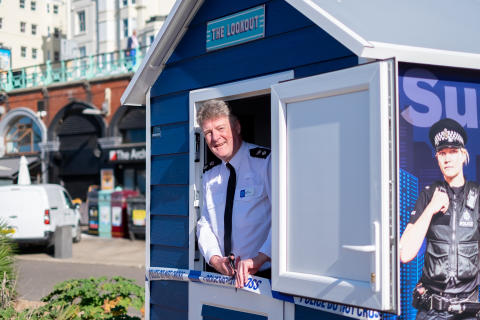 20190918-brighton-beach-hut-nick-may-best-res