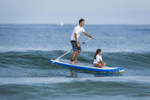Surfglädje i en ryggsäck