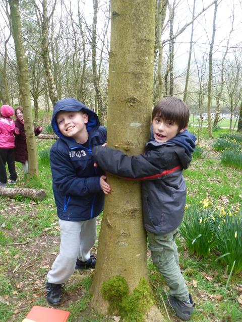 Schoolchildren Take Up Spring LEAF Eco Challenge