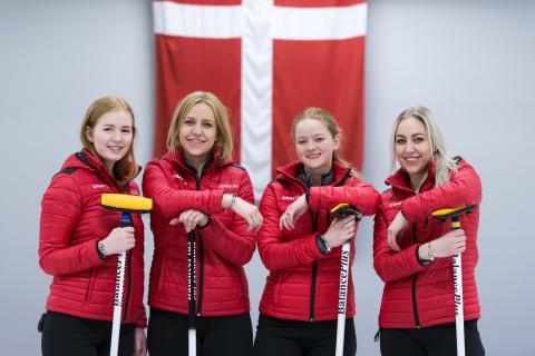 Curling landsholdet med Trollbeads