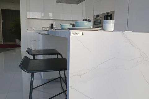Kitchen_Countertop_by_Silestone_Calacatta_Gold_by_Cable_Design_2