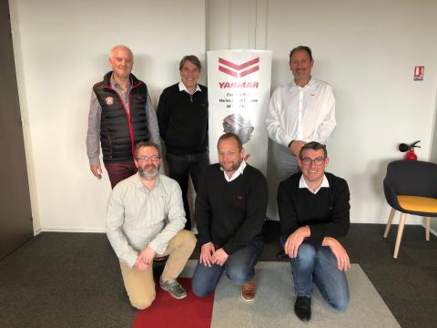 Hi-res image - YANMAR - The new team at YANMAR France SAS in Roche-sur-Yon