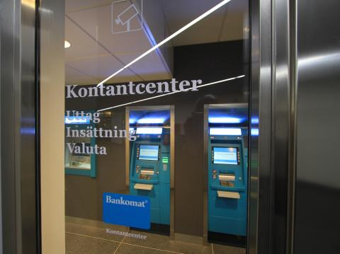 Kontantcenter öppnas över hela Sverige