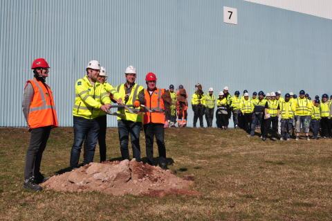 Nu drar ombyggnaden av BoKloks fabrik i Gullringen igång