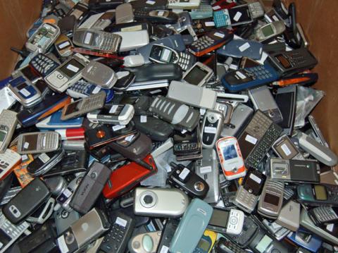 Idrettslag jakter over 8 millioner brukte mobiltelefoner