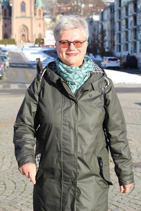 Tidligere stortingspresident, statsråd og fylkesmann Kirsti Kolle Grøndal er i gang med nok et viktig verv - mekler i Konfliktrådet i Buskerud