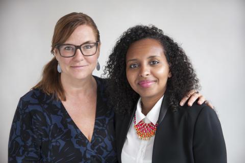 Anna Carlstedt och Hala Mohammed