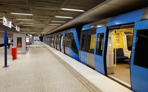 MP: Förläng röda linjen till Arninge