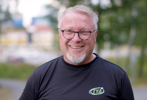 Lasse Holm - TYA