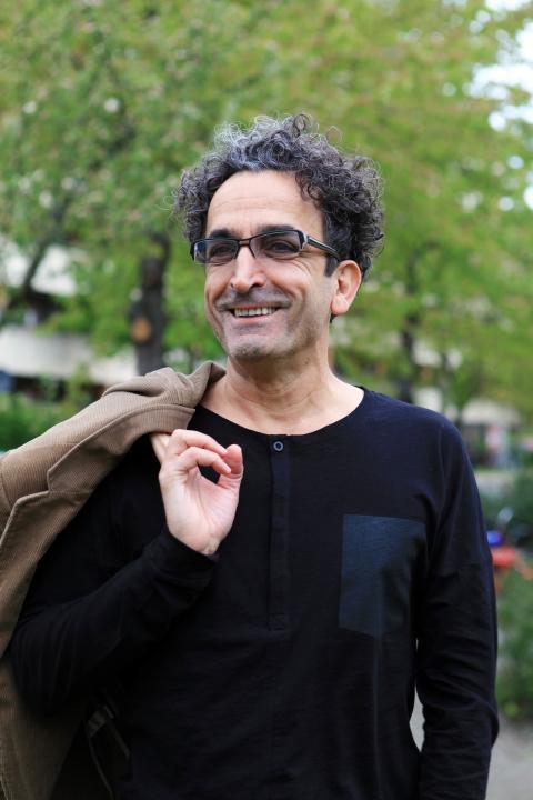 Sexologen Salar Shalmashi på Järva mansmottagning får RFSU-priset