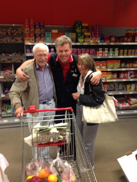 """Pressinbjudan: """"Nationella anhörigveckan uppmärksammas på Ica Supermarket Spara Våxnäs i Karlstad"""""""