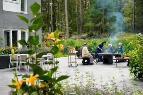 Attendo bygger nytt äldreboende i Enköping med fokus på utevistelse och trädgård