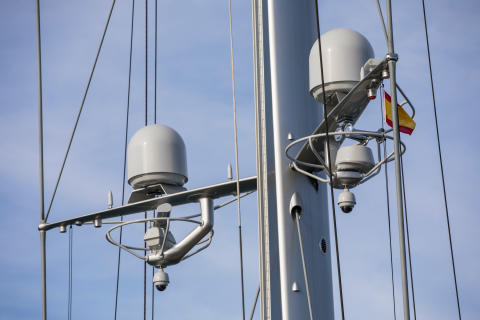 Hi-res image - Inmarsat - e3 has installed Inmarsat's dual antenna Fleet Xpress solution on performance superyacht S/Y Ganesha