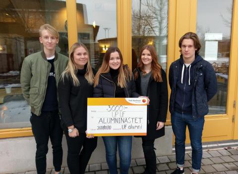 Up UF från Carlforsskas Ekonomi- och Handelsskola vann tävlingen Alumninästet