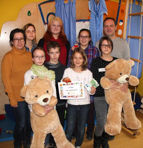 Kinder für Kinder: Schüler der Schule am Weißeplatz sammeln für Bärenherz