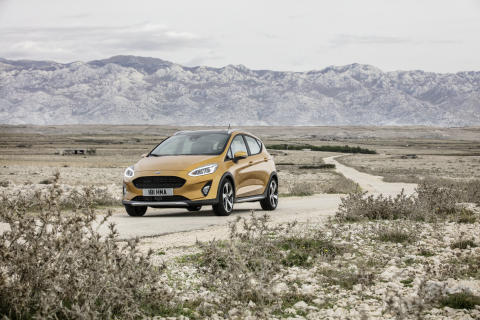 FORD_FIESTA_ACTIVE_34_FRONT_BEAUTY_3