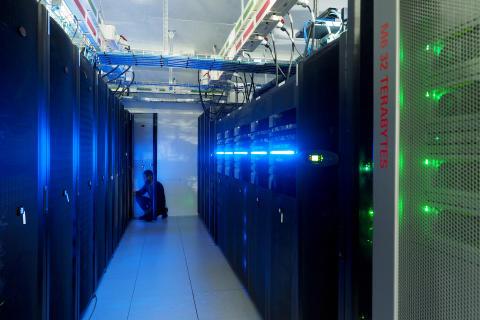 Norwegen positioniert sich als Hotspot für Datenzentren – mit kompetenten Arbeitskräften, wettbewerbsfähigen Steuern und einem starken Stromnetz, gespeist aus Wasserkraft.