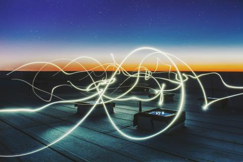 Schneider Electric lanserar e-guider om möjligheterna med Edge Computing