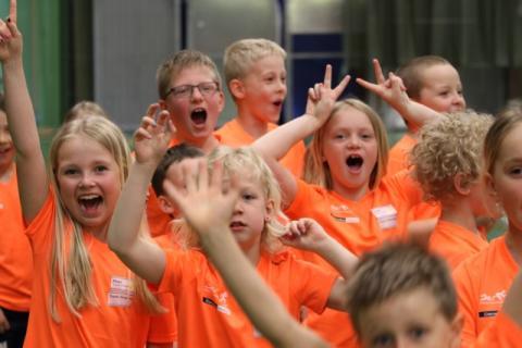 Rekordstort intresse för triathlonläger för unga i Väsby