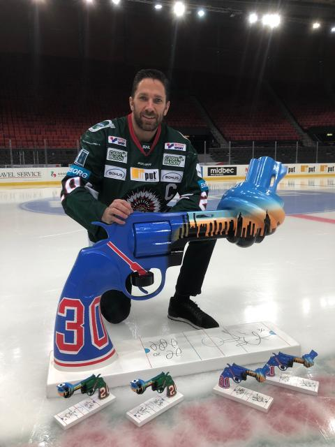 The Non-Violence Project Foundation (NVPF) announces two new Ambassadors - New York Rangers' Henrik Lundqvist and HC Frölunda's Joel Lundqvist.