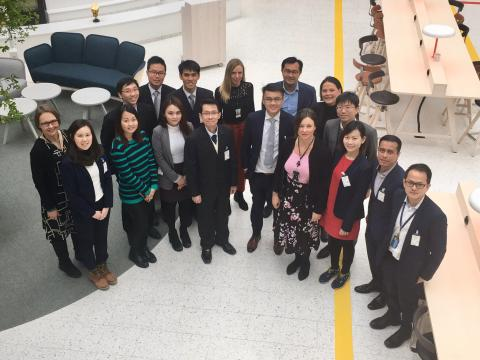 Delegation from Singapore at Stockholm Arlanda to learn about bio aviation fuel