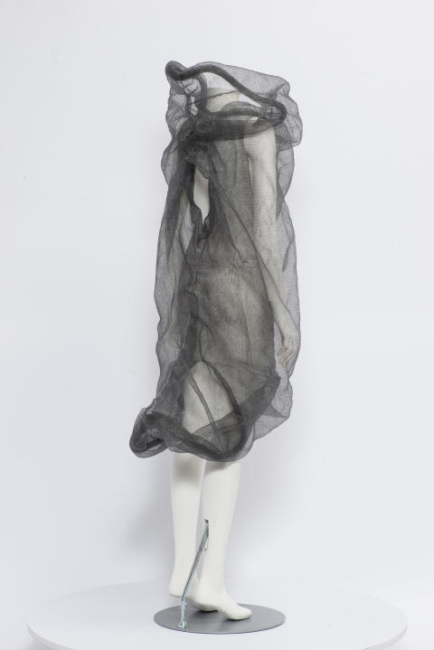 Karin Landahl 3, Garment Knots