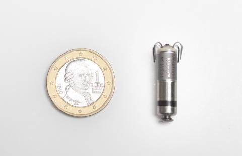 Världens minsta, minimalt invasiva pacemaker har implanterats på människa