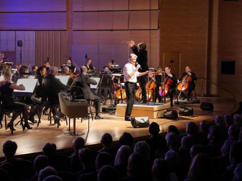 """Sven-Bertil Taube ger """"Hommage"""" som konsert med Norrköpings Symfoniorkester"""